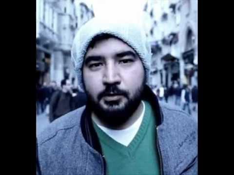 Eypio ft. Burak King – Ay Bizim Yıldız Bizim