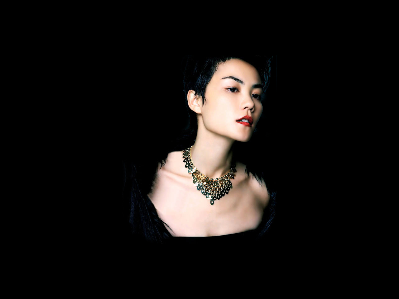 Faye Wong – Yi Ren Fen Bi Liang Jiao & One Person Two Roles